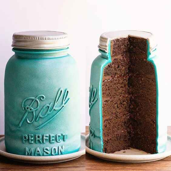 Mason jar shaped cake