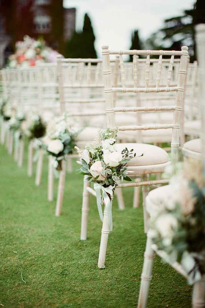 How to decorate ceremony space? - 2
