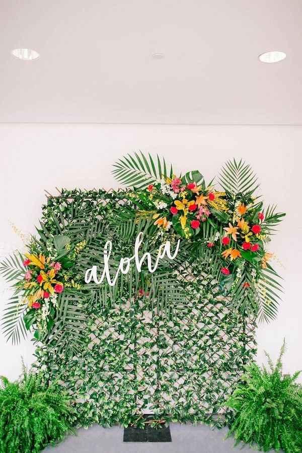 Hawaiian/luau/tropical themed bridal shower - 4