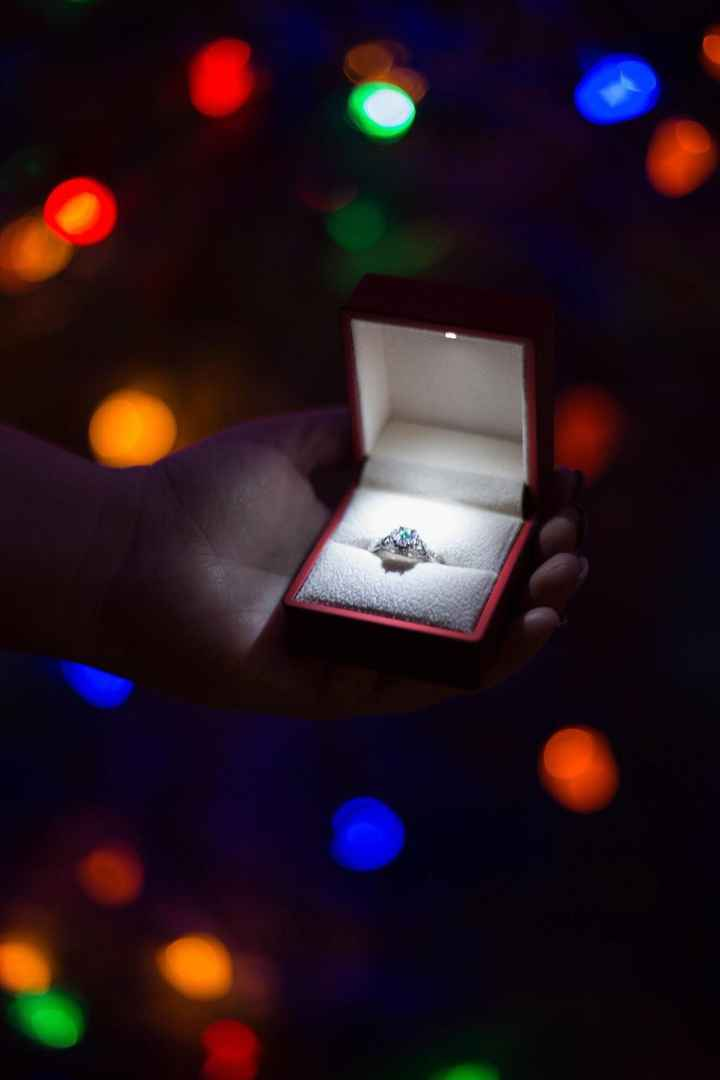 He bought a ring box with a spotlight!!