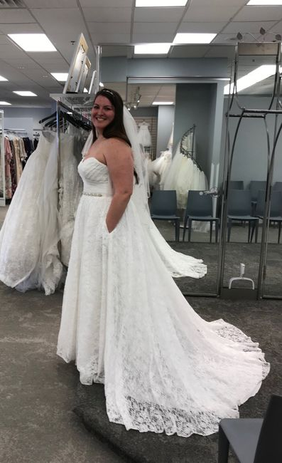 i found my dress!!!! i would love to see pictures of everyone else's!!! 11