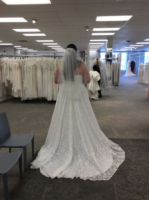 i found my dress!!!! i would love to see pictures of everyone else's!!! 12