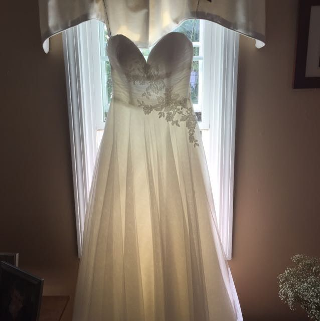 Dress pictures!
