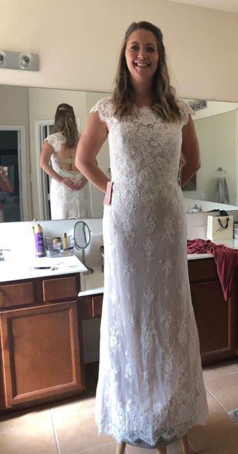 Help me choose the dress! 2