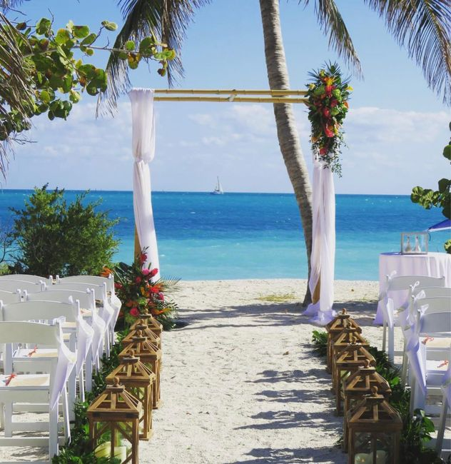 Our venue is confirmed! Any other Key West brides? - 1