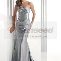 The Other Dress. . . Lets See Them ladies!!! Show Them Off :)