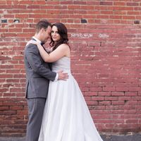 Brides that wore their hair down..did it stay?