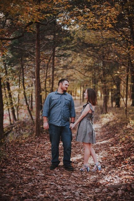 Fall Engagement Pictures Ideas 12