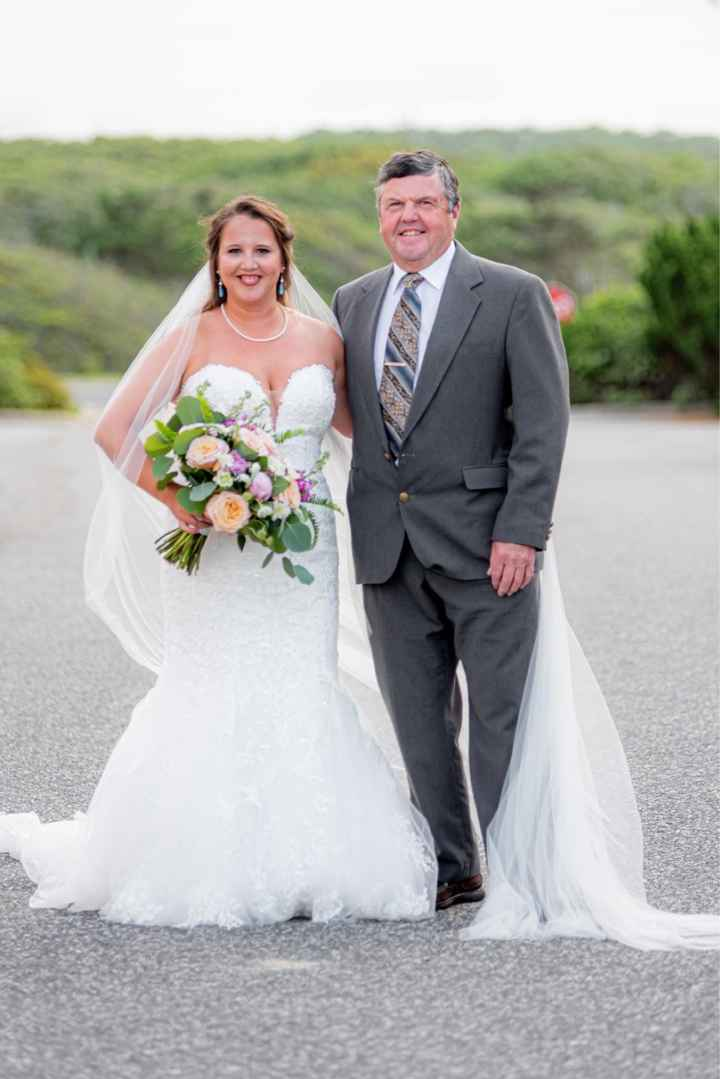 Veil vs no veil (beach Brides) - 1