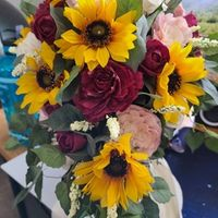 Why do people think fake flowers are tacky? - 1