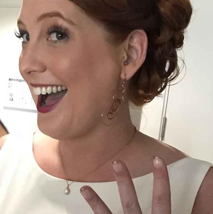 Hopelessly lost on wedding jewelry