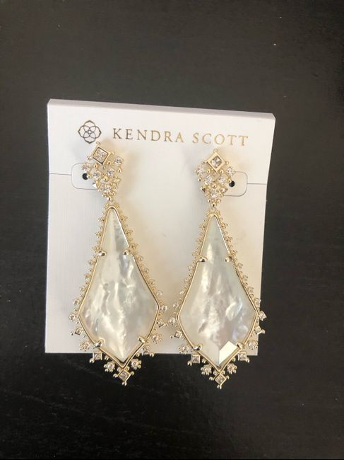 Share your bridal necklace & earrings 9