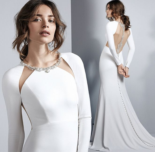 a dress not like the others... 5