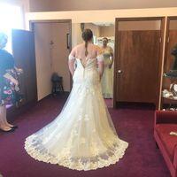 i found my dress! But I'm stuck on bouquets.... - 1