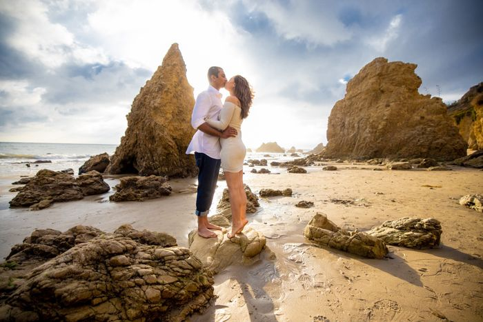Favorite engagement pictures! 17