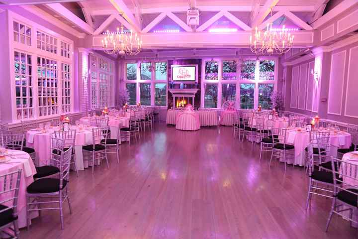 Wedding decor colors vs wedding party colors - 2