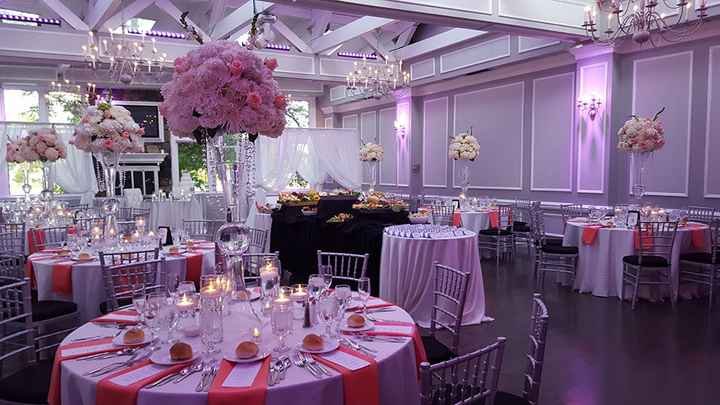 Wedding decor colors vs wedding party colors - 4