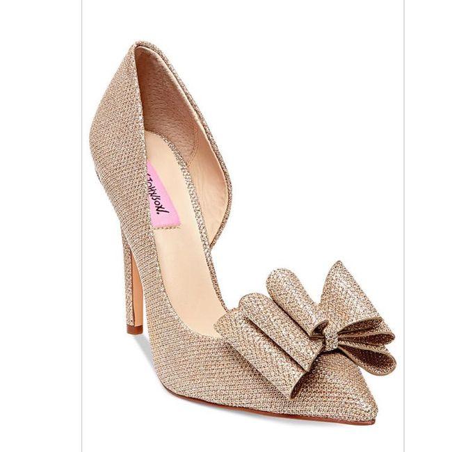 Wedding shoes!! 12