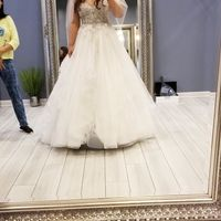 Second guessing my dress - 1