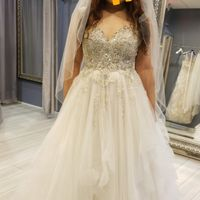 Second guessing my dress - 2