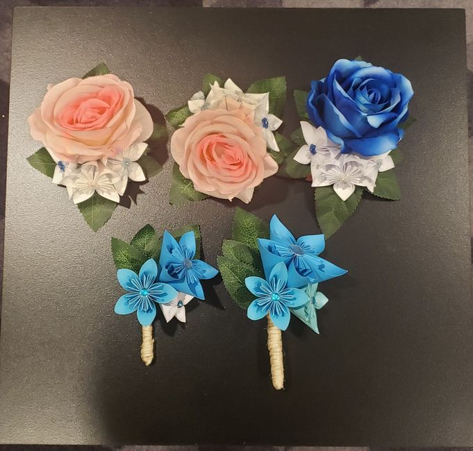 More Origami Flowers 1
