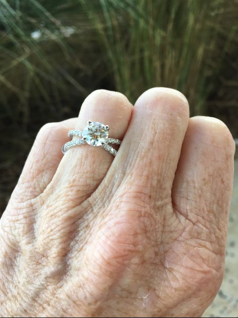 i want to see your engagement rings! 11