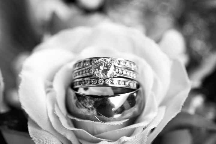 Wedding Bands: Matching or Different? - 1