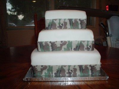 military wedding cakes pictures camo theme help weddings planning wedding forums 17370
