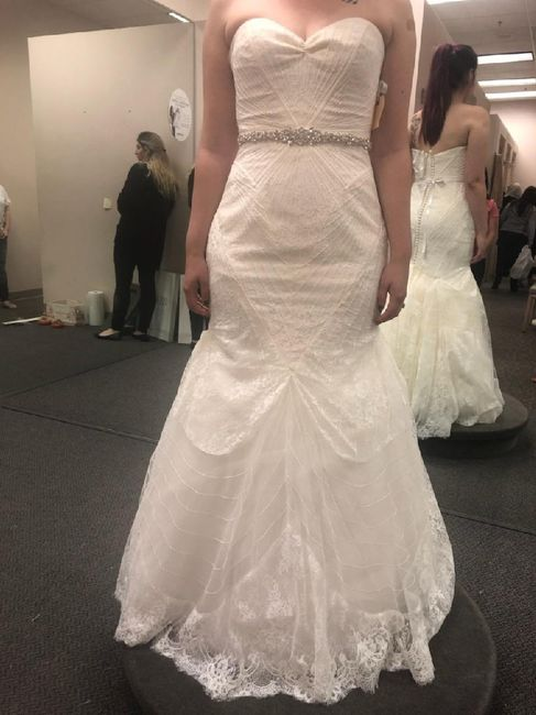 Show me your venue and dress! 12