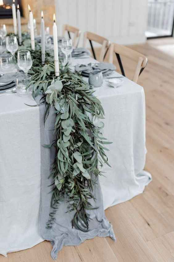 Cheesecloth on satin tablecloths?? - 1