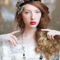 Help a girl out! Stop working and start helping me find a hairpiece ... please!?