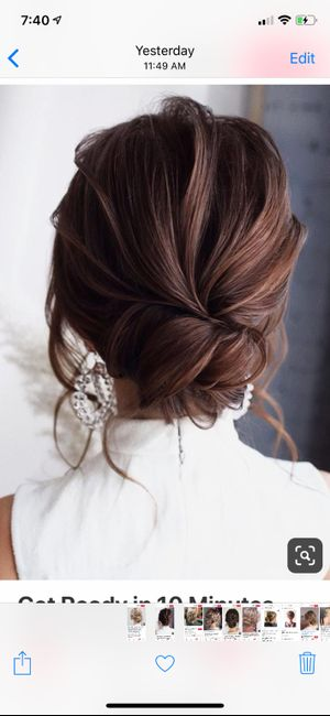 Should Bridesmaids Have the Same Hairstyle? 1