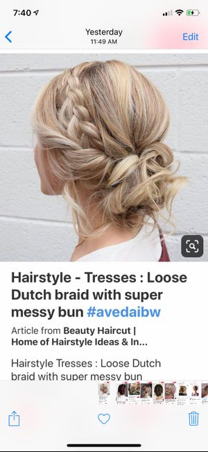 Should Bridesmaids Have the Same Hairstyle? 2