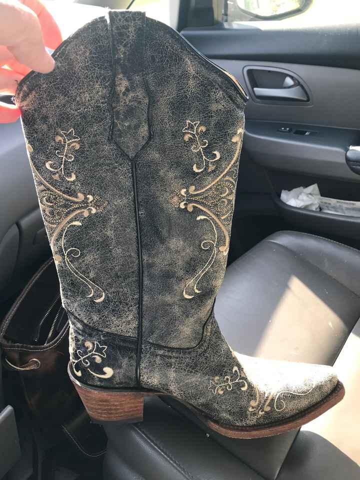 Cowboy boots - 1