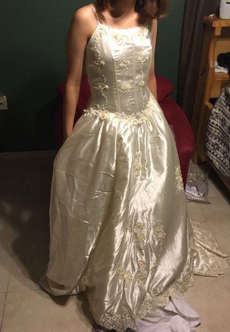 Wedding dress surprise. Ideas pls - 2