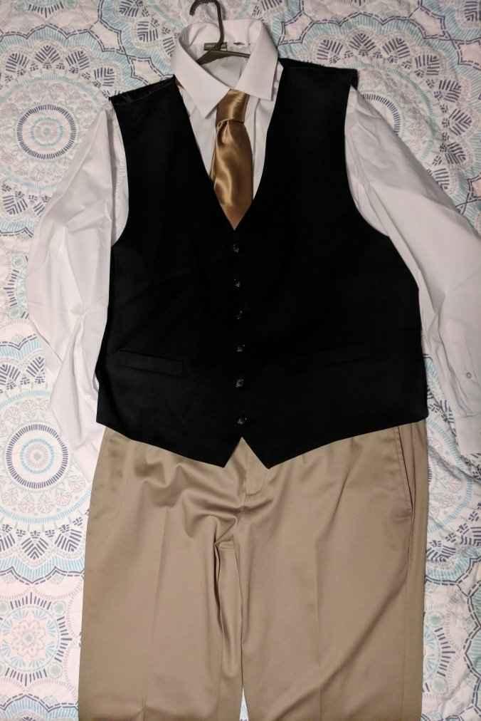 Groom's attire...help please 😒 - 1