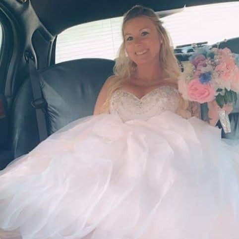 My wedding was amazing!! 6