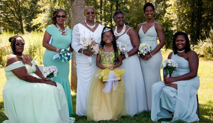 Keep or Cancel: Matching Bridesmaids Dresses? 1