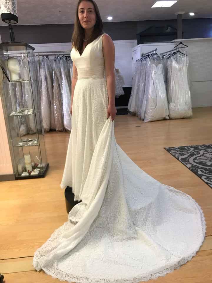 Short brides - Show me your ballgowns! - 1