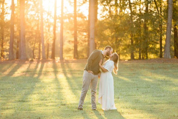 sneak Peek!!: Engagement Photos 3