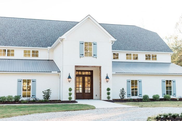 Looking for wedding venue recommendations (with southern charm, but no barns please!) 1