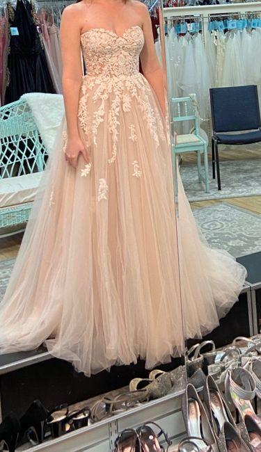i got my dress back 🥰🥰🥰 1