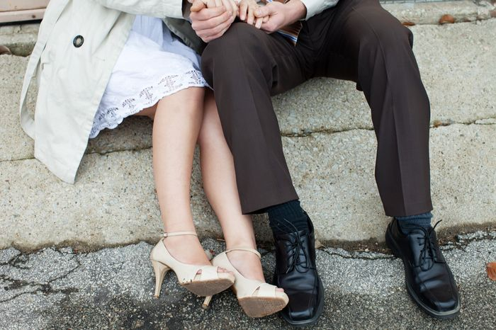 engagement pictures -white colors?