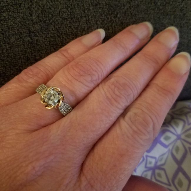 Brides and brides to be! i want to see your wedding bands or ideas for wedding bands! 7