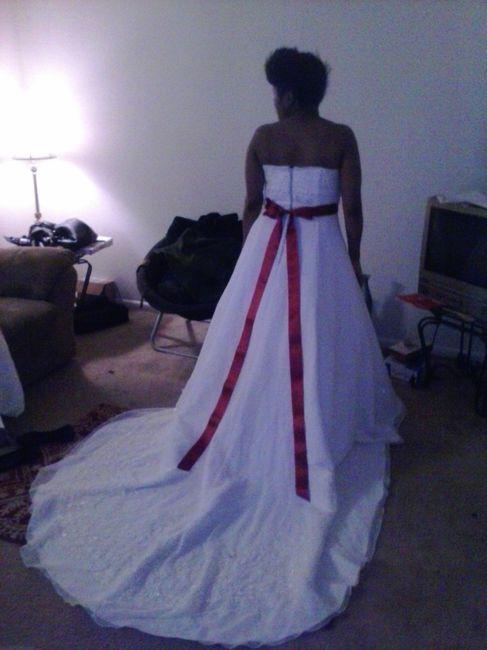 show me your wedding dress belts!
