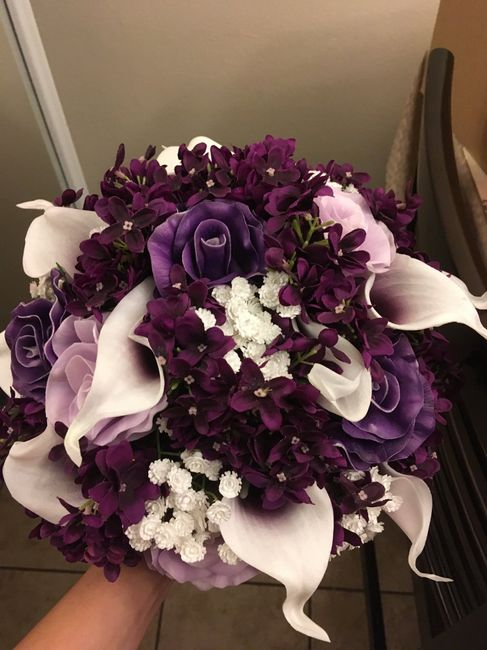 Bridal Bouquet Inspiration: Traditional vs Cascading - 1