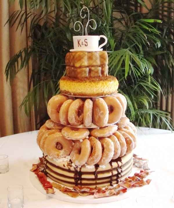 Pizza wedding 'cake' - would you do it?