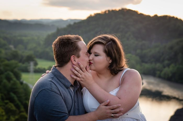 My engagement photos are done *warning there is alot of them* lol 22