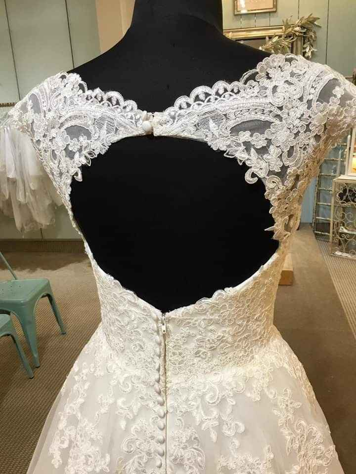 Finding my dream dress in a picture - 4