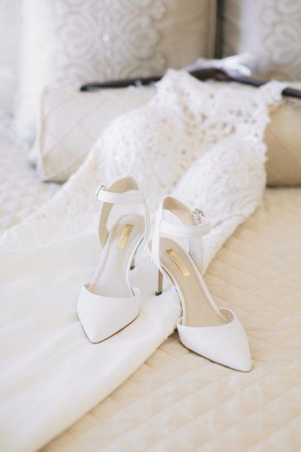 Petite brides - show me your shoes. 6